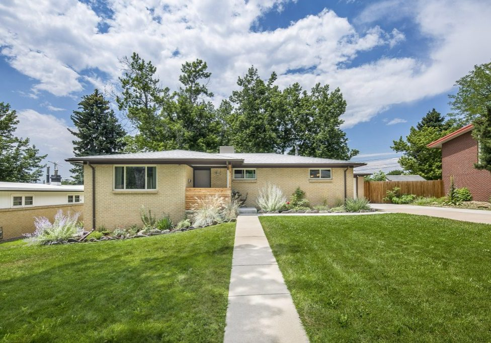 01-6415-Balsam-St-Arvada-Kate-Curry-1