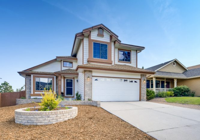 3565-Birnamwood-Drive-Colorado-print-001-030-Exterior-Front-3600x2400-300dpi-Kate-Curry