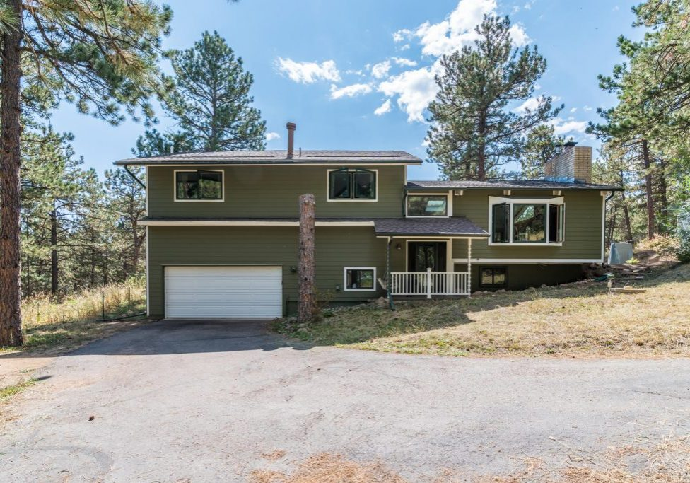 51 Pineview Ln Boulder CO-large-002-18-Exterior Front-1499x1000-72dpi